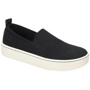 NWT BORN Black Sneaker Women's Size 9.5
